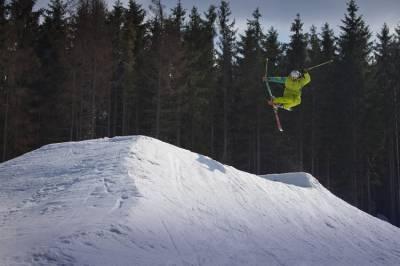 Инструктор по прыжкам Буковель